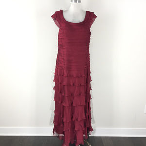 Nightway Red Tiered 16 18 Formal Evening Gown dres